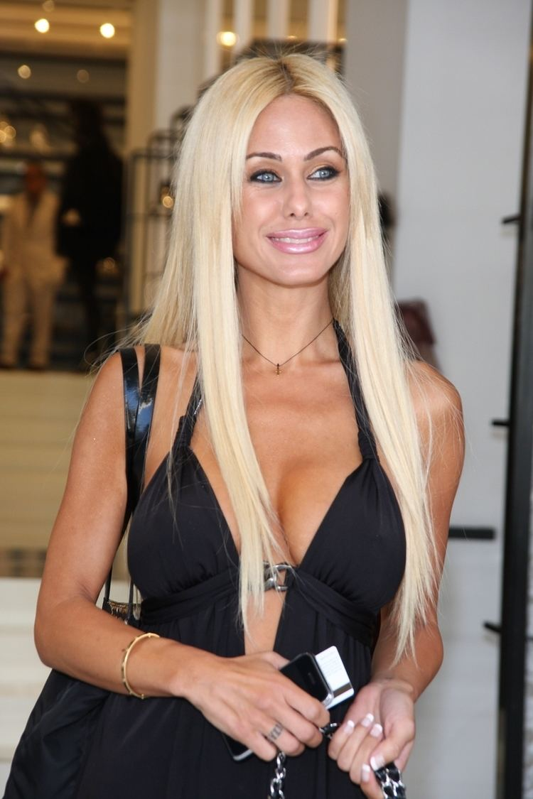 Shauna Sand Shauna Sand Celebrities lists