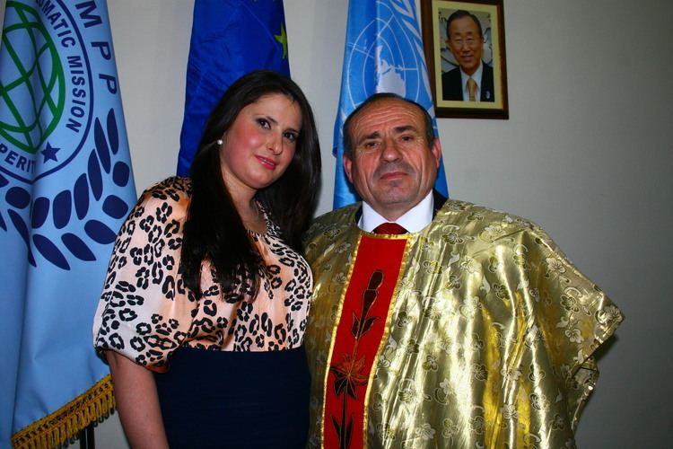 Shefki Hysa Ambassador Dr Shefki Hysa and Mrs Anita Myderizi Member