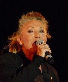 Sheila (singer) httpsuploadwikimediaorgwikipediacommonsthu