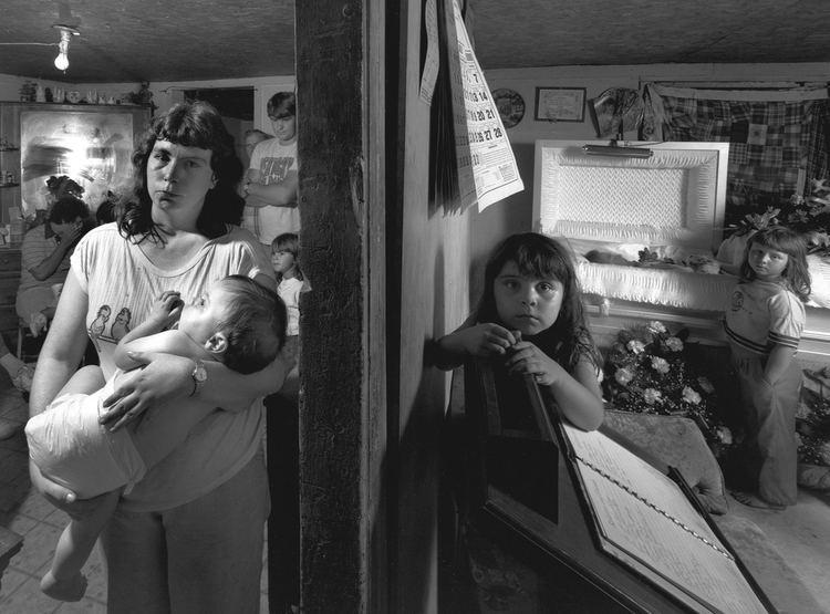 Shelby Lee Adams Shelby Lee Adams 39The Napier39s Living Room39 1989 ASX