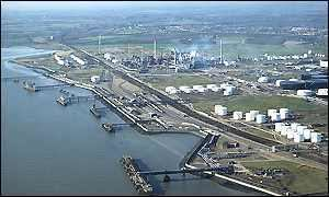 Shell Haven BBC News BUSINESS PampO defies fuel price rise