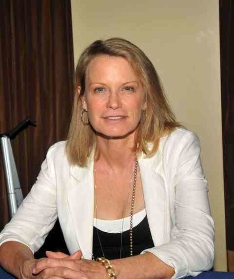 Shelley Hack What ever happened to Shelley Hack who played Tiffany