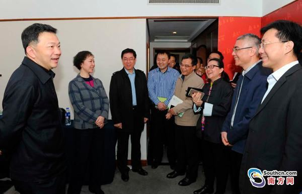 Shen Haixiong Shen Haixiong visited Nanfang Media Groups Two Sessions reporting