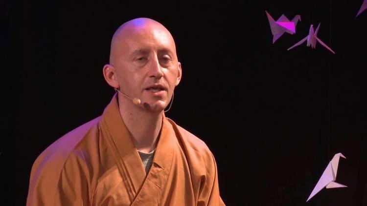 Shi Xing Mi Think Small Walter Gjergja Shi Xing Mi TEDxHochschuleLuzern