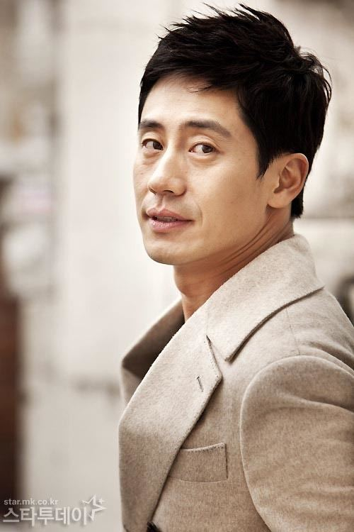 Shin Ha-kyun starkoreandramaorgwpcontentuploads200606Sh
