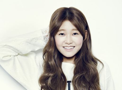 Shin Ji-hoon Shin Ji Hoon Releases Debut MV quotRight Therequot Soompi