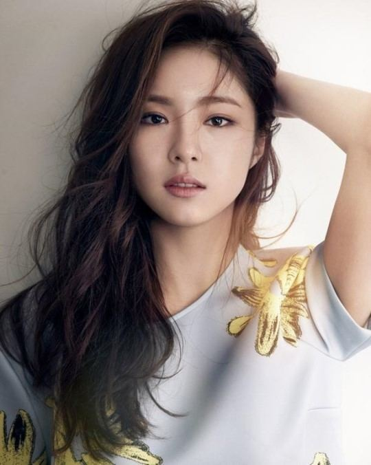Shin Se-kyung Shin Se Kyung Voted Men39s Health39s Rose Day Queen Soompi