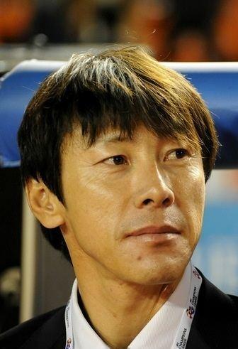 Shin Tae-yong httpsuploadwikimediaorgwikipediacommonsff