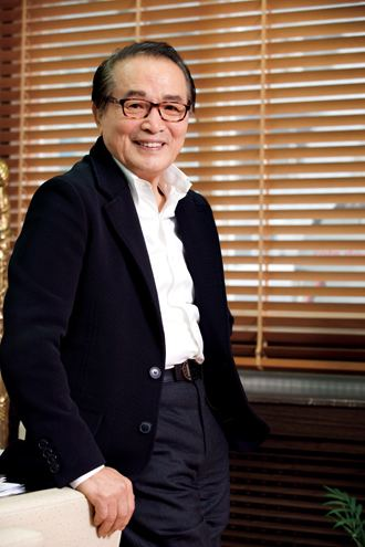 Shin Young-kyun After 317 movies Shin Youngkyuns still a leading manINSIDE Korea