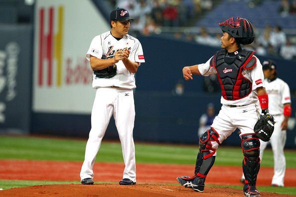 Shinnosuke Abe Shinnosuke Abe and Masahiro Tanaka Photos Japan v