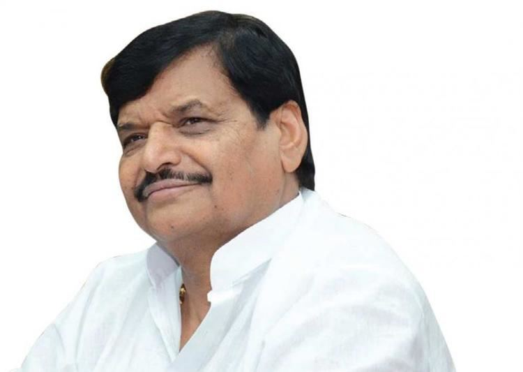 Shivpal Singh Yadav Close shave for UP minister as plane skids off runway