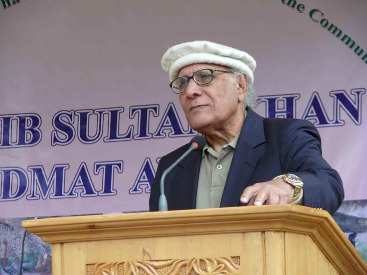 Shoaib Sultan Khan PAMIR TIMES Voices of the Mountain Communities Shoaib
