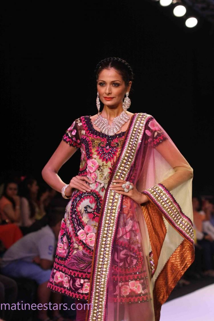 Shonal Rawat Shonal Rawat At IIJW 2013 Hot Models Photo Gallery