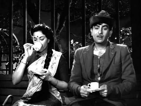 Raj Kapoor Proposes To Nargis On Street Shree 420 Most Viewed