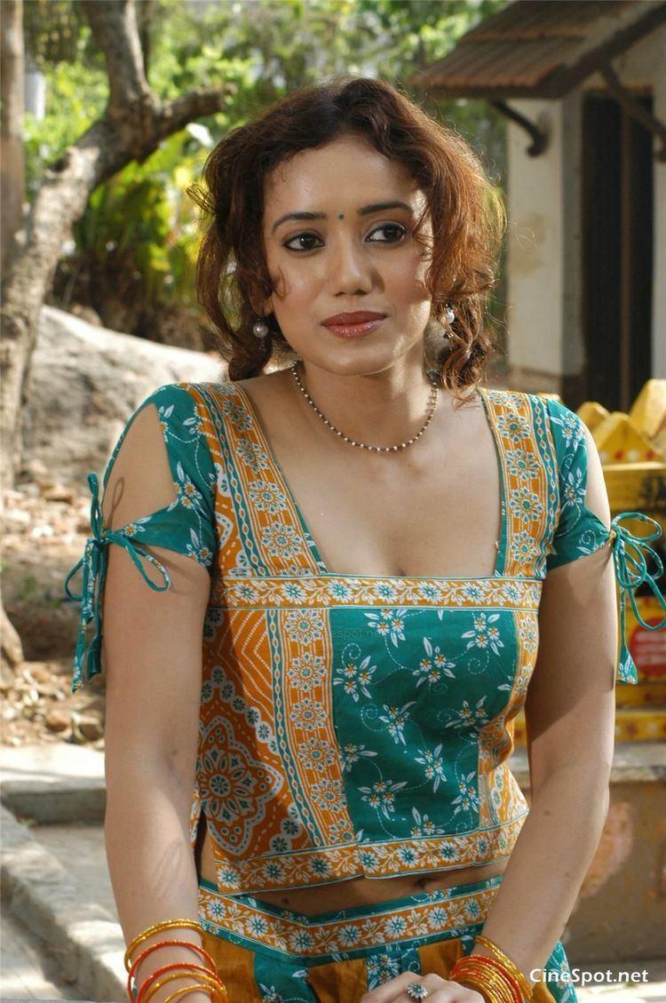 Shreya Narayan ShreyaNarayanNewActressPhotos16jpg