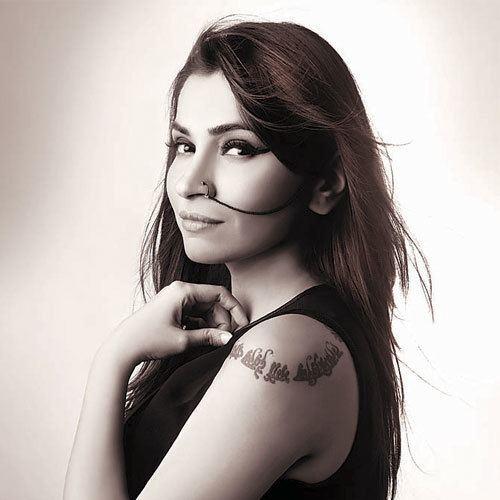 Shruti Pathak Shruti Pathak talks about her upcoming album 39Guzzler