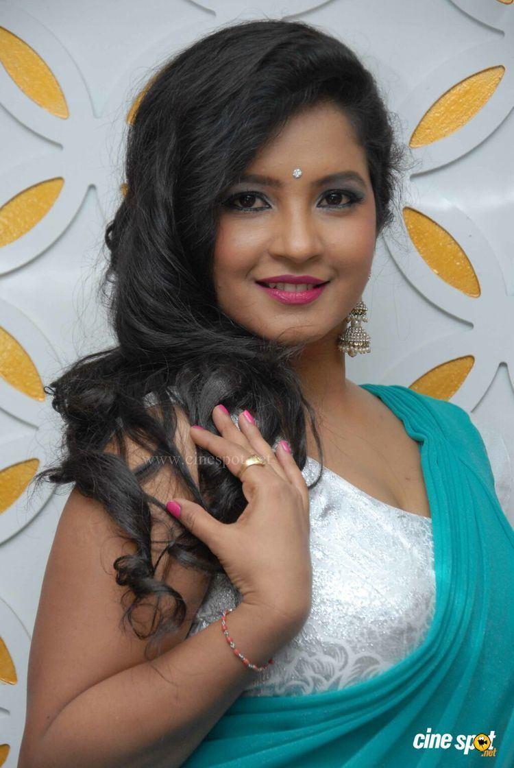 Shubha Poonja nude (38 photo), Ass, Fappening, Feet, butt 2006