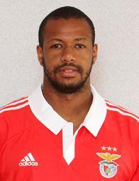 Sidnei (footballer, born 1989) wpclicrbscombrplanetabolafiles201307Sidnei