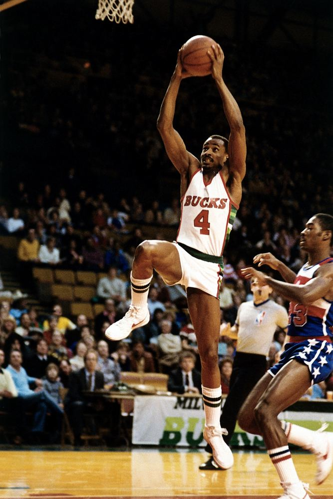Sidney Moncrief Logans Sports Ratings Top 100 NBA Players 80 Sidney Moncrief