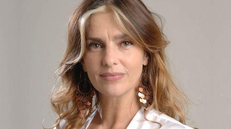 Silvia Kutika Contratar a Silvia Kutika Roberto Ramasso