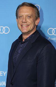 Simon Burke httpsuploadwikimediaorgwikipediacommonsthu