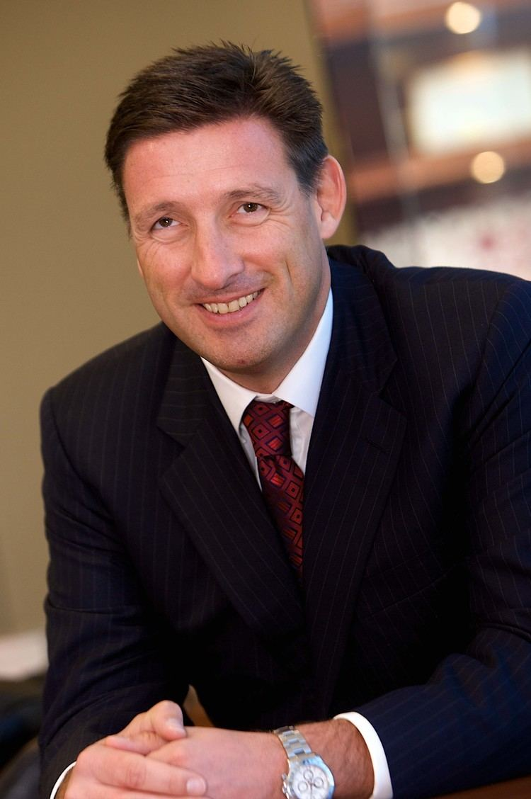 Simon Cooper (banker) wwwhsbccommediahsbccomabouthsbcleadershi