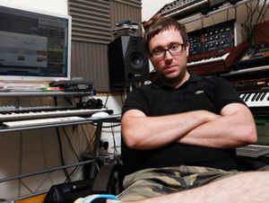 Simon Neale Simon Neale Discography at Discogs