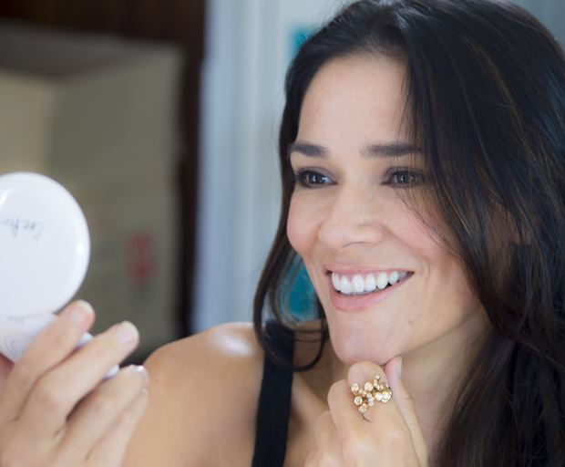 Simone Kessell Makeup Tips SHESAID Australia