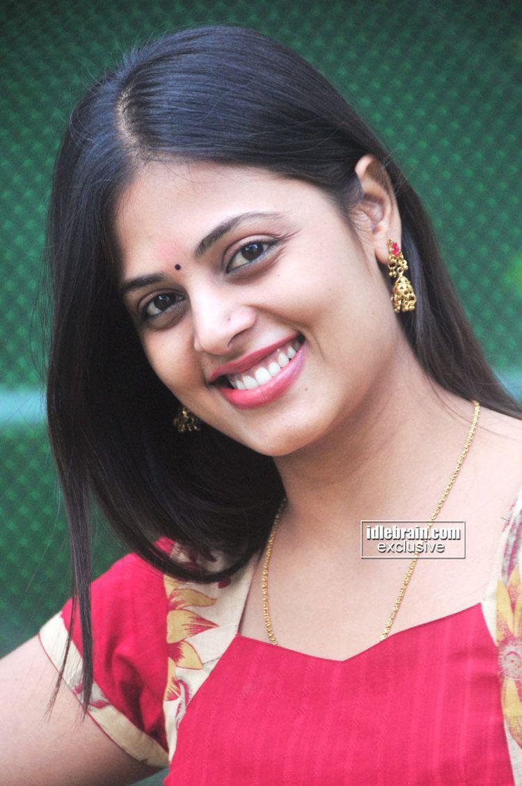 Sindhu Menon Sindhu Menon photo gallery Telugu cinema actress