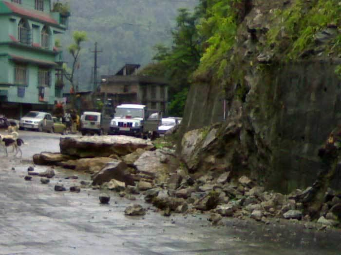 Singtam Earthquake jolts Sikkim Photo Gallery
