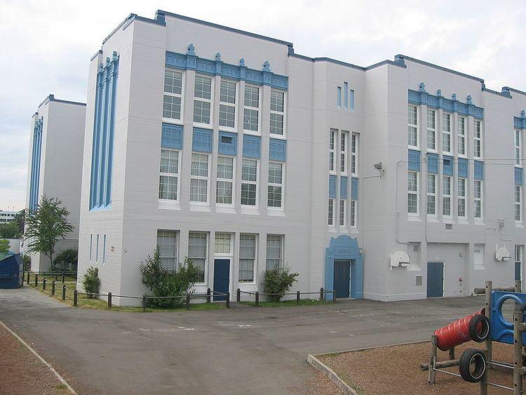Sir Alexander MacKenzie Elementary School