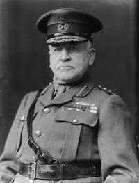 Sir Charles Monro, 1st Baronet httpsuploadwikimediaorgwikipediacommons77