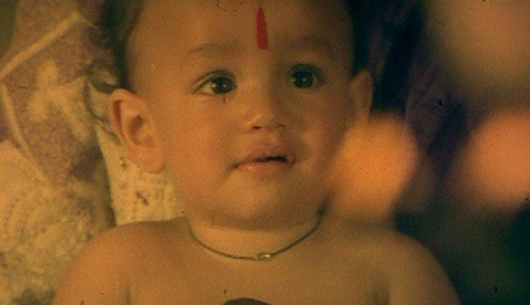 Sisindri Sisindri Movie Master Akhil Introduction Scene Nagarjuna Tabu