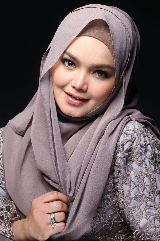 Siti Nurhaliza Siti Nurhaliza SP Models Entertainment