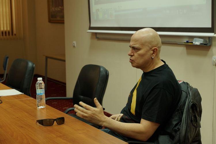 Slavi Trifonov Slavi Trifonov gave a lecture to students at VUZF