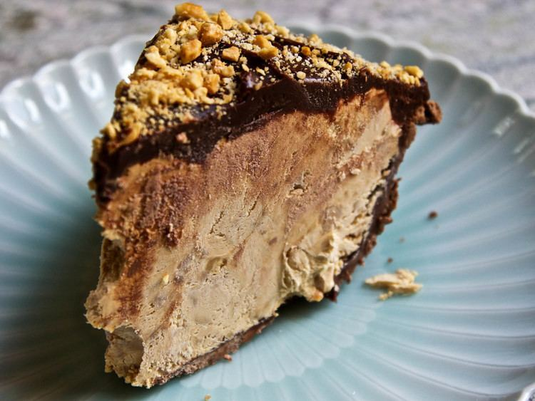 Snickers pie The Ultimate Snickers Pie Recipe Serious Eats