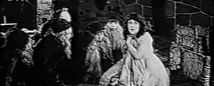 Snow White (1916 film) Snow White 1916 Film Review Synopsis