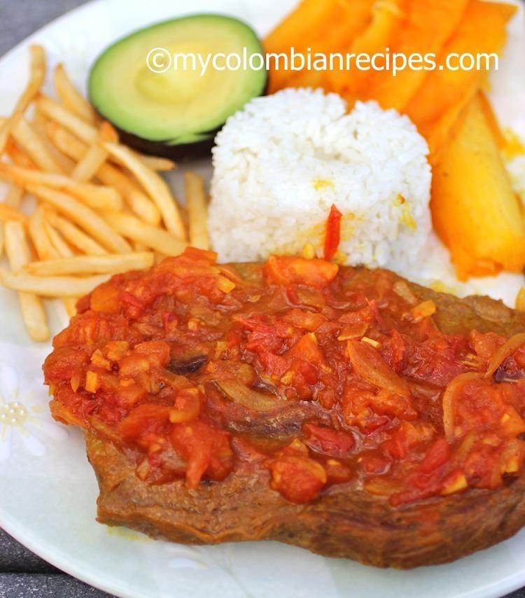 Sobrebarriga Sobrebarriga en Salsa Criolla Flank Steak with Colombian Creole