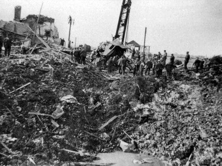 Soham rail disaster 2 June 1944Two GC39s after Soham Railway Disaster