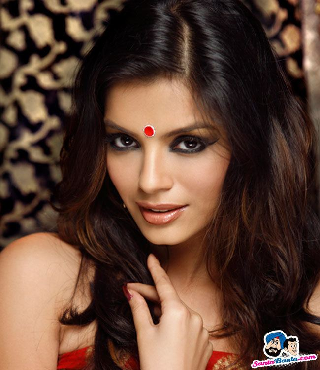Sonali Raut Sonali Raut Photos and Pictures