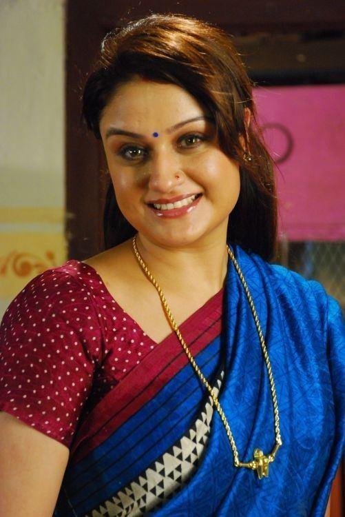Sonia Agarwal Sonia Agarwal stills from Palakkattu Madhavan Movie Photos