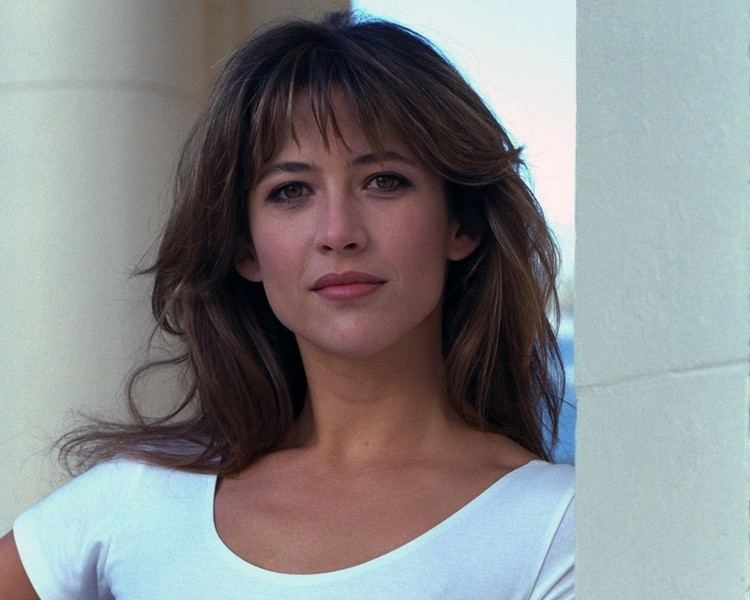 Sophie Marceau Best three lovable quotes by sophie marceau wall paper German