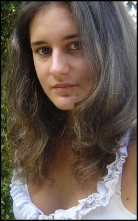 Sophie Meunier Sophie MEUNIER 29 ans YZEURE MOULINS Copains davant