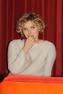 Sophie Quinton httpsuploadwikimediaorgwikipediacommonsthu