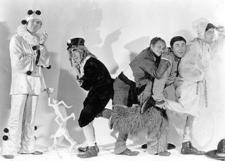 Soup to Nuts 71 best Three Stooges images on Pinterest The three stooges Funny