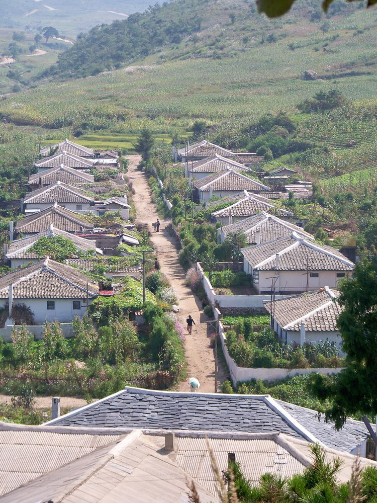 South Hwanghae Province httpsc1staticflickrcom324863992568295852a