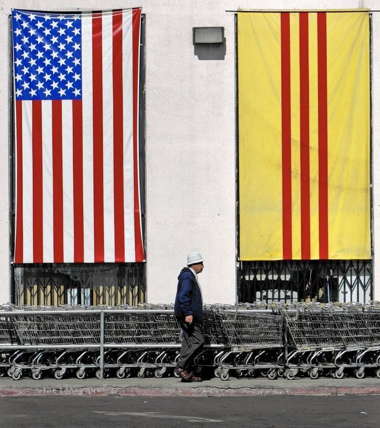 South Vietnam Nearly 40 years after war39s end flag of South Vietnam endures LA