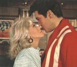 Speedway (1968 film) Speedway 1968 Starring Elvis Presley Nancy Sinatra Bill Bixby