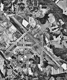 Spence Airport httpsuploadwikimediaorgwikipediacommonsthu
