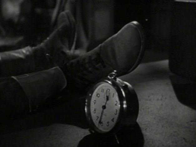 Split Second (1953 film) movie scenes  Split Second 1953 straddles the portal from 1940s film noir to 1950s paranoia genre and we can see an era turning before our eyes